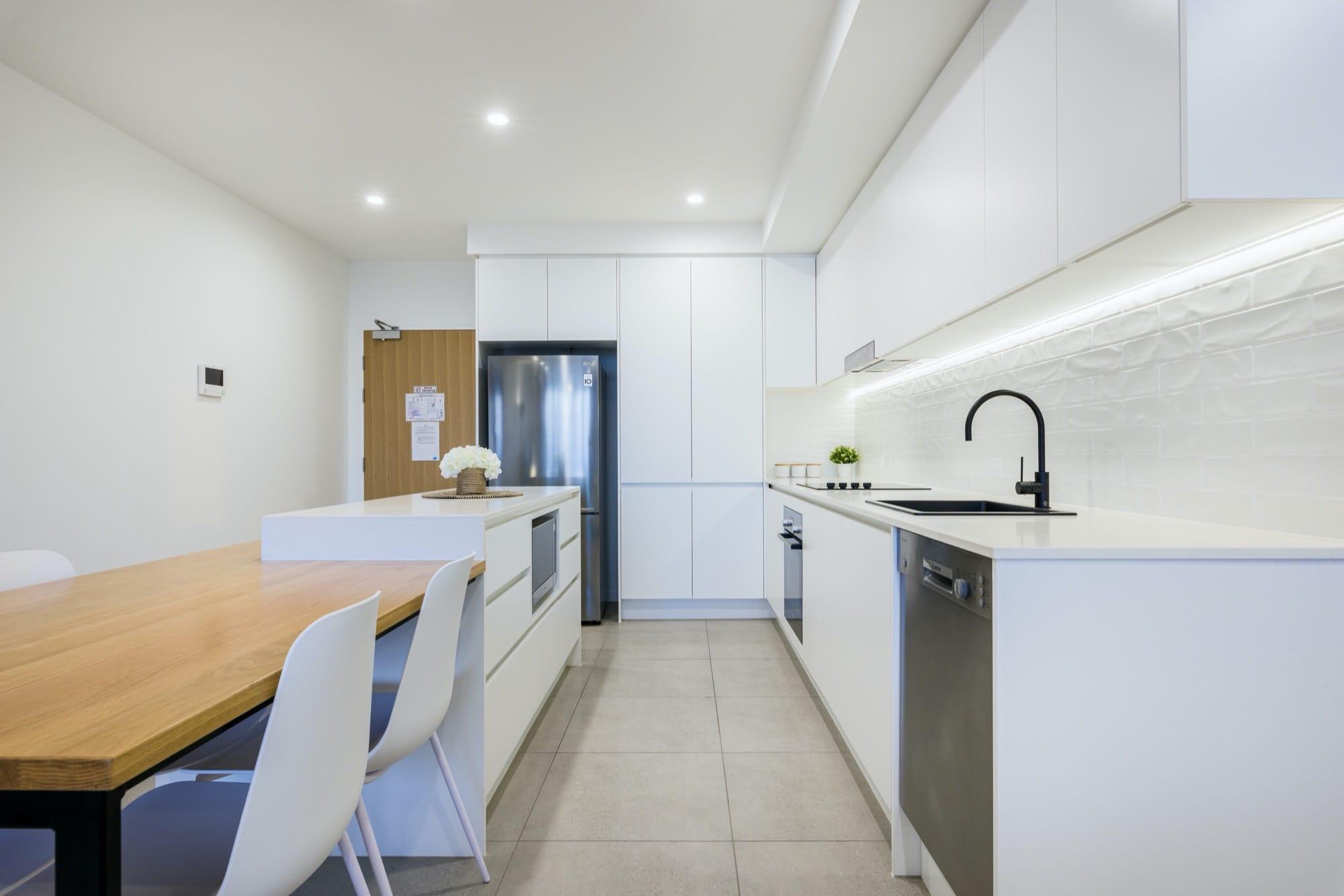 unit-501-kitchen-2