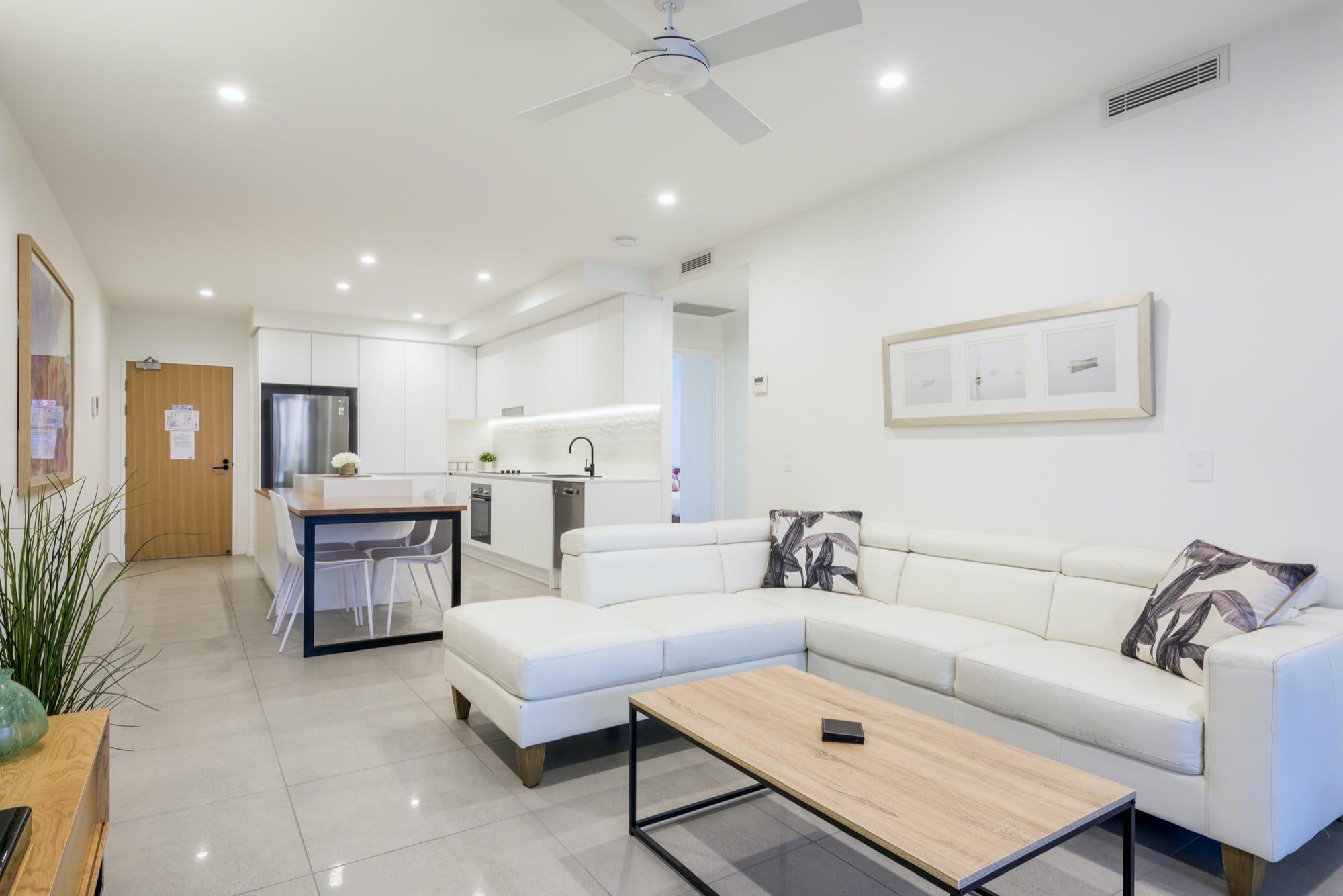 unit-501-living-dining-kitchen-3